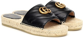 Gucci Pilar leather slides