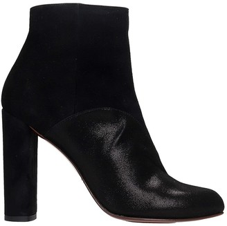 Chie Mihara Gonu Ankle Boots In Black Suede