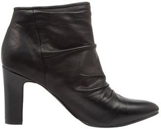 Diana Ferrari Stellena Black Boot