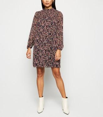 New Look Petite Ditsy Floral Chiffon Smock Dress