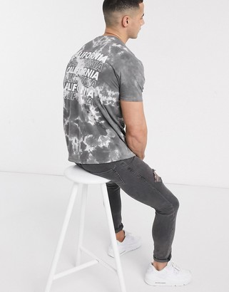 New Look Cali front and back print wash t-shirt in mid grey