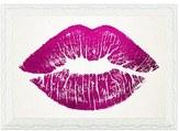 Oliver Gal 'Solid Kiss' Framed Art Print
