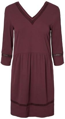 Vero Moda Short V-Neck Dress with 3/4 Length Sleeves