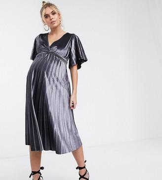 ASOS DESIGN Maternity twist front velvet midi dress
