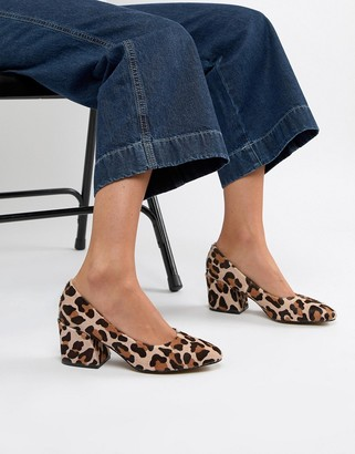 Asos Design DESIGN Sahara leather mid heeled court shoes in leopard print-Multi
