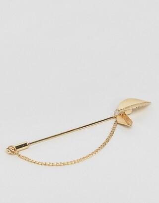Asos Design DESIGN leaf lapel pin in gold tone