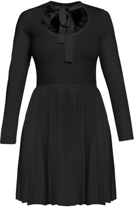 Cliché Reborn Knitted Dress With Lace Details & Pleated Skirt