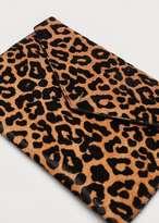 Violeta BY MANGO Leopard-print horsehair cosmetic bag