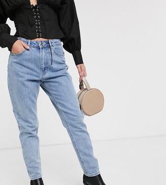 Vero Moda Petite mom jeans-Blue