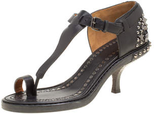 Givenchy Black Leather Stud Embellished Toe Ring T Strap Sandals Size 38