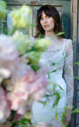 Elizabeth Fillmore Bridal Florence Scallop Lace Cropped Top