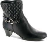 Munro American Laconia Mid Heel Boots