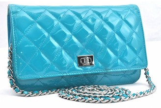 Chanel 2.55 Blue Patent leather Clutch bags