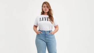 Levi's 90's Logo Graphic Tee Shirt (Plus Size)