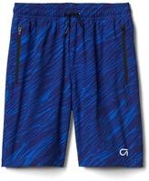 Gap GapFit kids print quick dry shorts