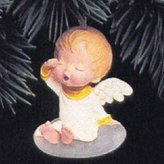 Hallmark Lily Mary's Angels 5th in Series 1992 Ornament QX4274