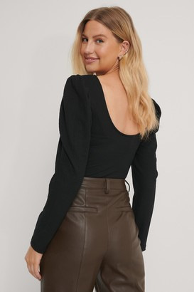 NA-KD Puff Sleeved Deep Back Top