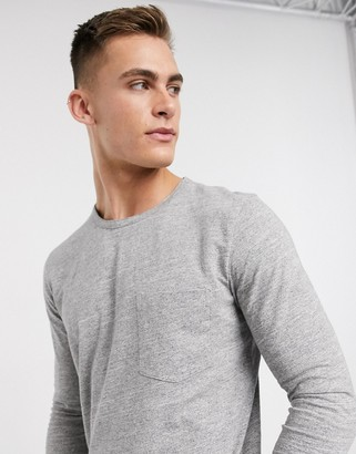 Selected organic cotton long sleeve pocket t-shirt in gray