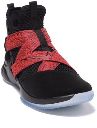 Nike Lebron Soldier XII Sneaker