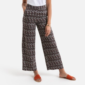 """Wide Leg Trousers in Floral Paisley Print, Length 27"""""""