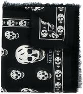Alexander McQueen Black & White skull print scarf - men - Silk/Modal - One Size