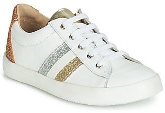 GBB MAPLUE girls's Shoes (Trainers) in White