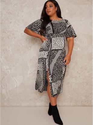 Chi Chi London Curve Vida Curve Printed Midi Dress - Monochrome