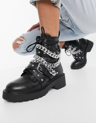 Steve Madden Temina chunky boot with chains in black