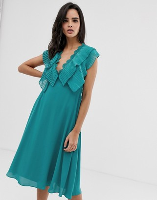 Asos Design DESIGN double layer pleat sleeve midi dress with scallop trim-Blue