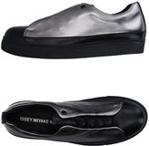 Issey Miyake Sneakers