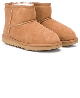 Ugg Kids Classic II ankle boots