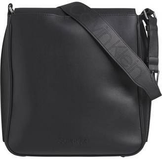 Calvin Klein Punched Hobo Ld01