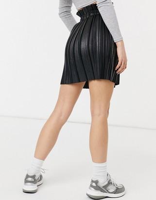 Parisian pleated PU mini skirt in black
