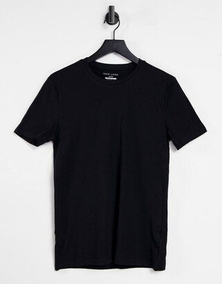 New Look muscle fit t-shirt in black