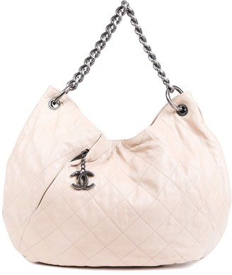 Chanel Beige Coco Pleats Quilted Leather Cc Hobo Bag
