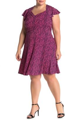 Leota Geo Print Sweetheart Neck Flutter Sleeve Dress (Plus Size)