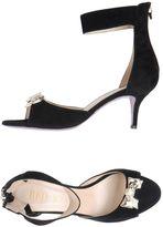 RED(V) High-heeled sandals
