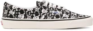 Vans Skull-Print Sneakers