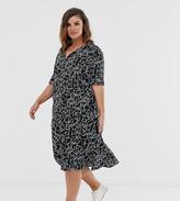 Wednesday's Girl Curve midi shirt dress with full skirt in heart print