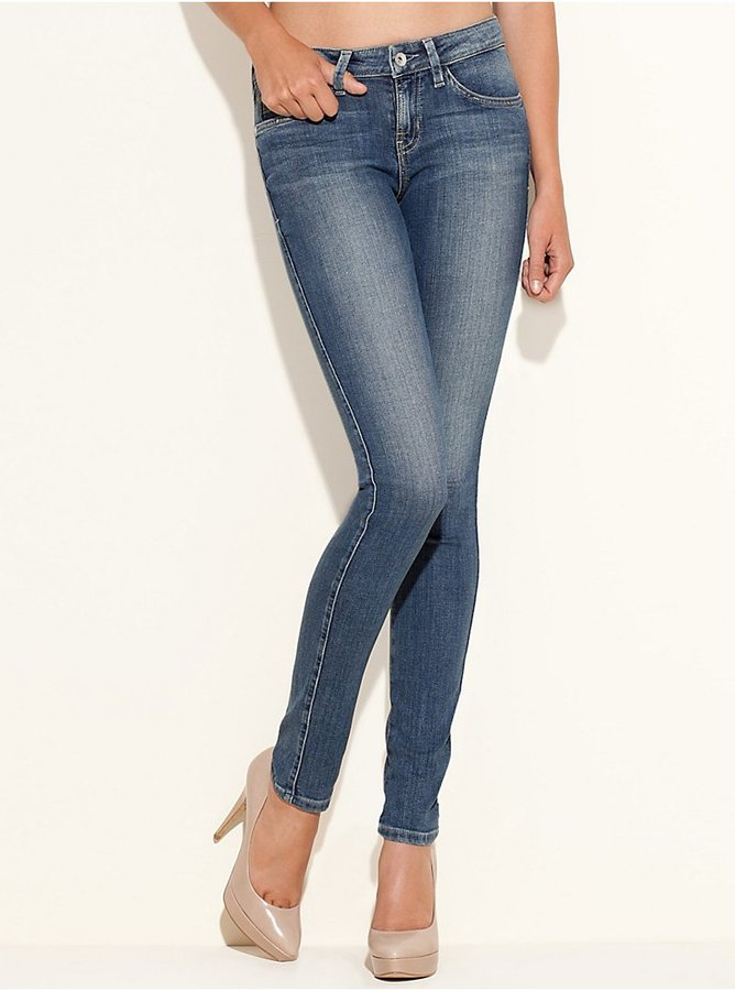 GUESS Brittney Skinny Jeans in Resolute 2 Wash