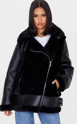 PrettyLittleThing Black Oversized Faux Fur Panel Aviator