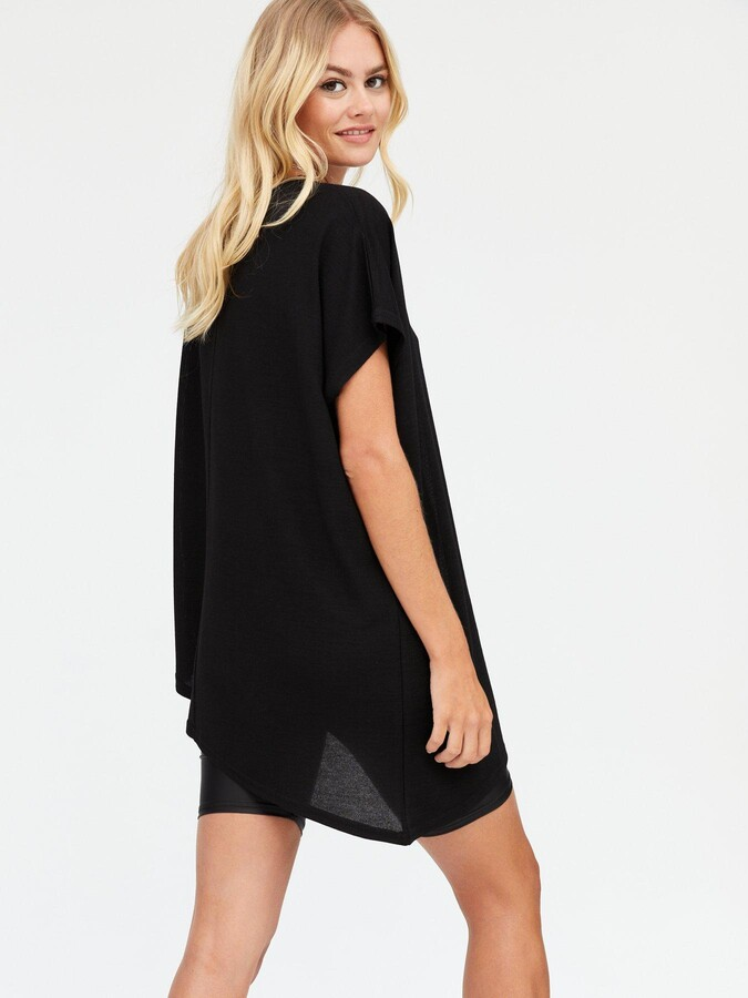 Thumbnail for your product : New Look Asymmetric Longline T-Shirt - Black