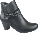 Tender Tootsies Women's Kerina Boot
