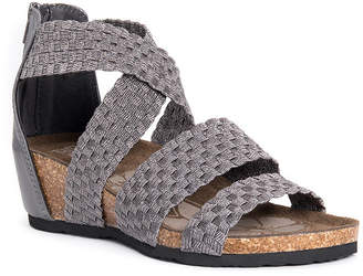 Muk Luks Womens Elle Wedge Sandals