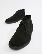 Asos Design DESIGN desert chukka boots in black suede