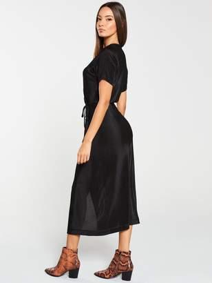 Very Plisse Midi Dress - Black