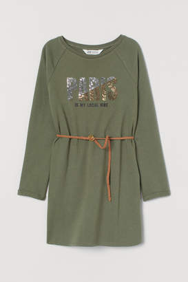 H&M Sweatshirt dress with a belt