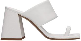 Maison Margiela Tabi Sandals In White Leather