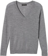Banana Republic Machine Washable Merino Boyfriend Vee