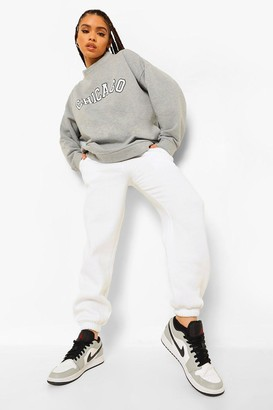 boohoo Cropped Chicago Sweatshirt